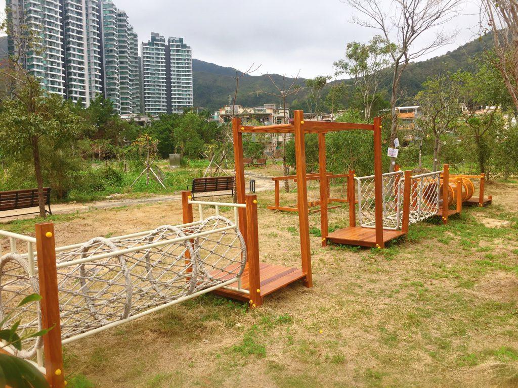 親子郊遊好去處-蝶豆花園